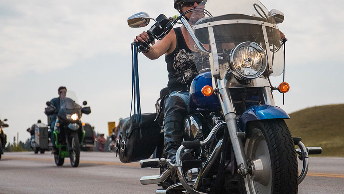 Motorcycle safety tips for riders.